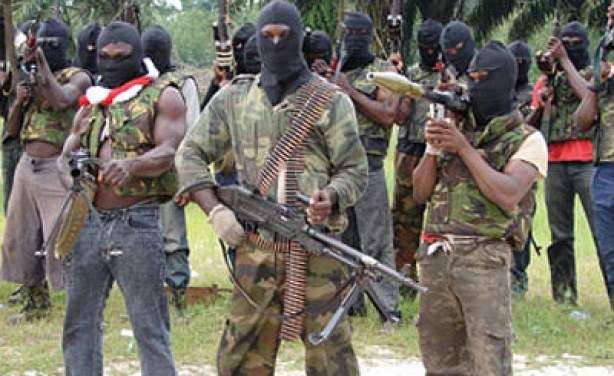 Militant group threatens to blow up Shell facilities in Niger Delta