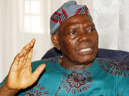 Akande absolves Buhari, blames woes on faulty system